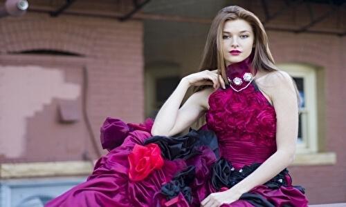 キャバクラのドレスは安いのでも大丈夫?おすすめショップは?